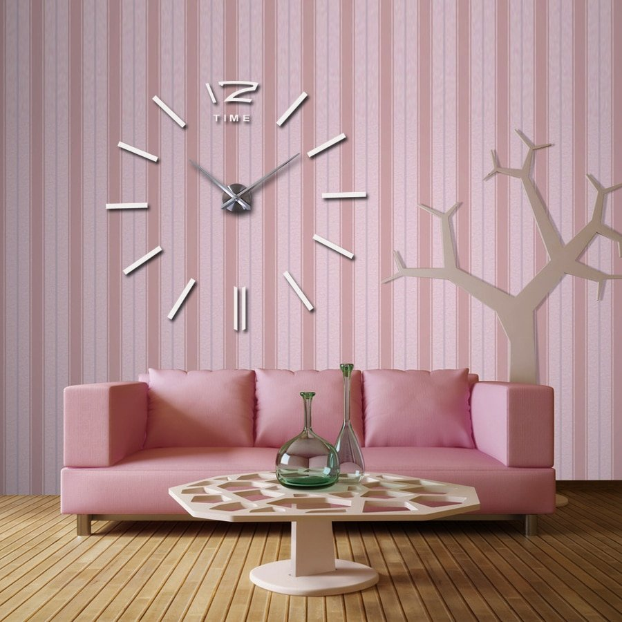Modern Wall Clock for Decorating